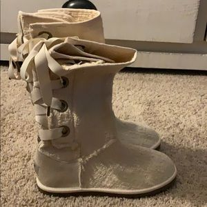 UGG - Heirloom Lace Up Boot